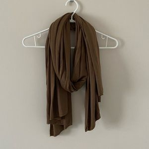 Accessories - Brown scarf